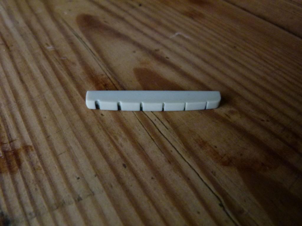 Sillet de Stratocaster à base plate