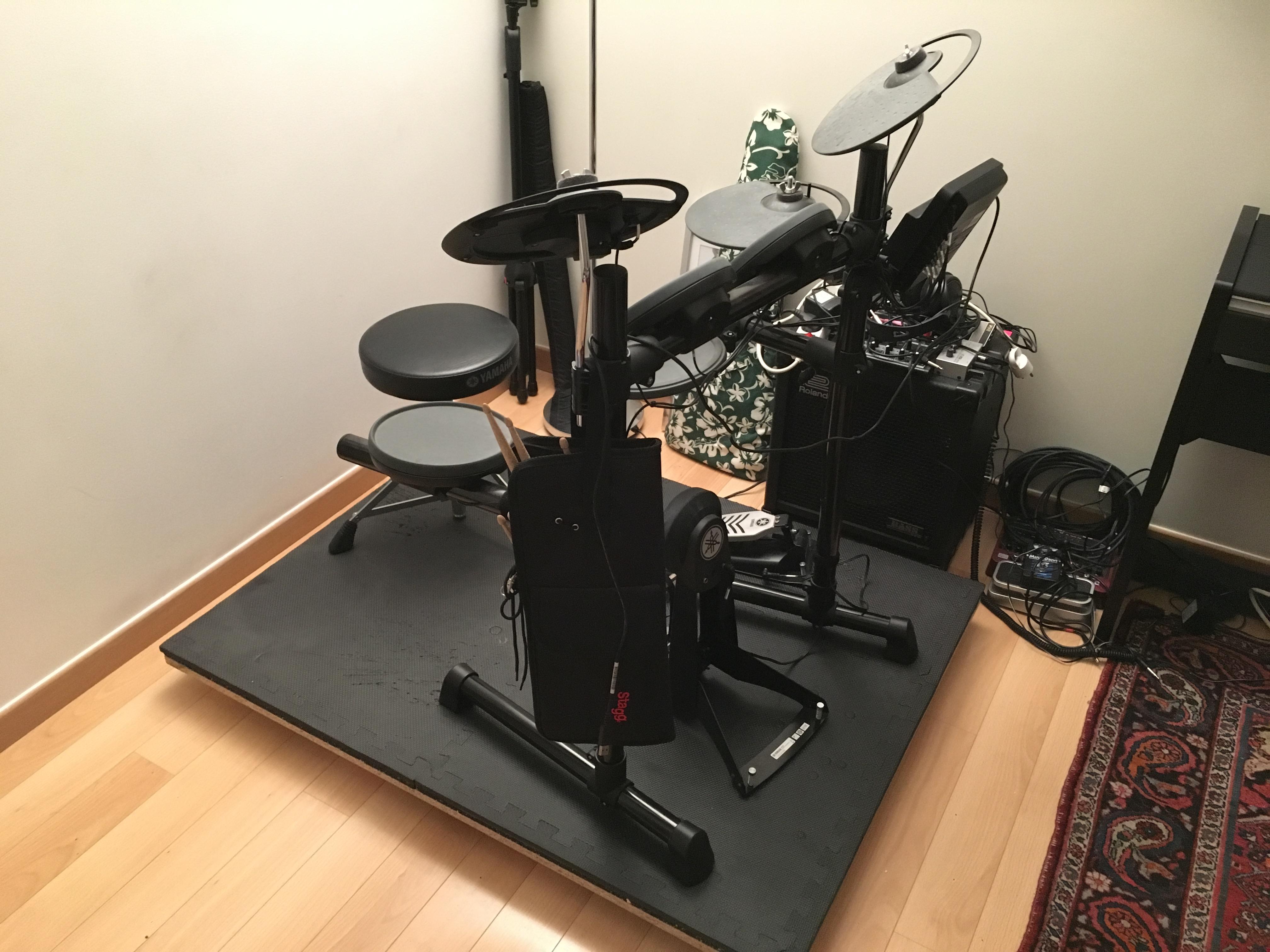 technique socle d 39 isolation acoustique pour batterie lectronique. Black Bedroom Furniture Sets. Home Design Ideas